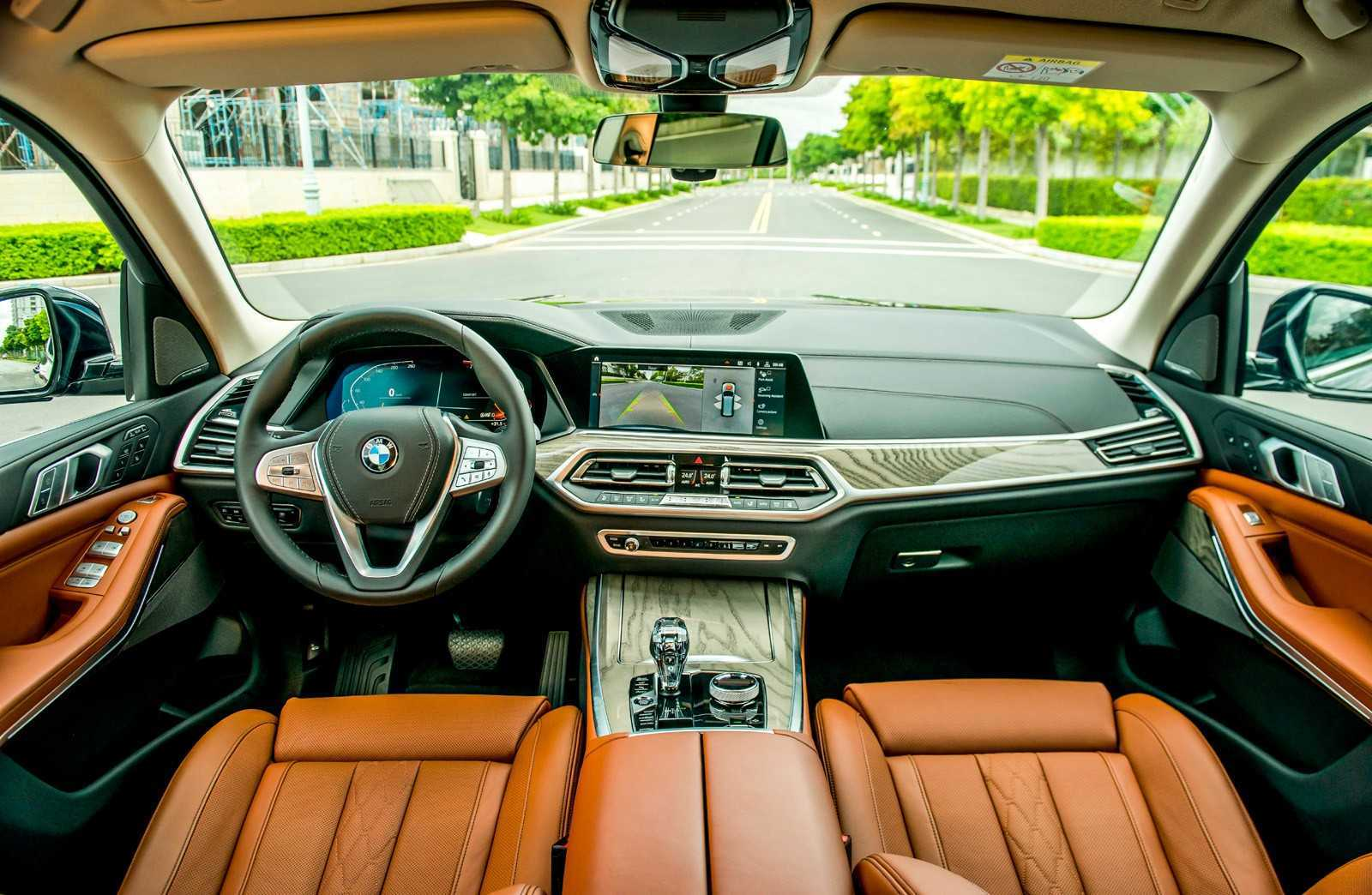 https://giaxe-bmw.vn/wp-content/uploads/2019/07/bmw-x7-noi-that-a41-15624450845181420056013.jpg